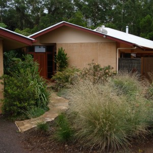 Rammed earth cottage, Maleny