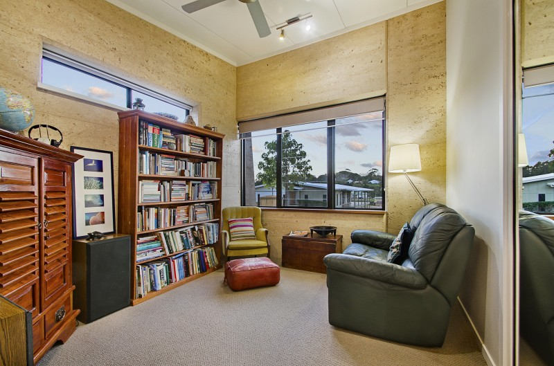 Maleny rammed earth house, reading room